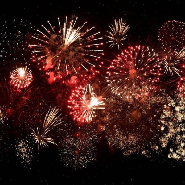 Our residents are so lucky! They don't have to travel far to enjoy the Boston Pops Fireworks Spectacular! Tomorrow 8 and 10:30pm!